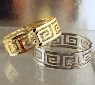 Code Me B311 Stainless Steel Cuff Bracelet Greek Key Motif Gold Or Silver 22mm