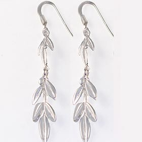 Niki Collection :: Victory Laurel Sterling Silver Earrings (32mm) w/ French Hooks